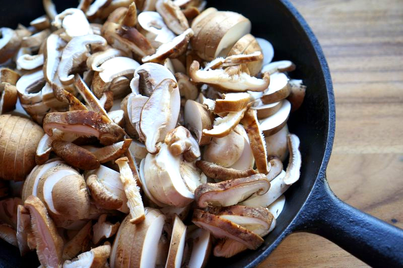Balsamic Mushroom Toasts