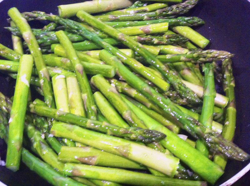 Lemon and Garlic Asparagus