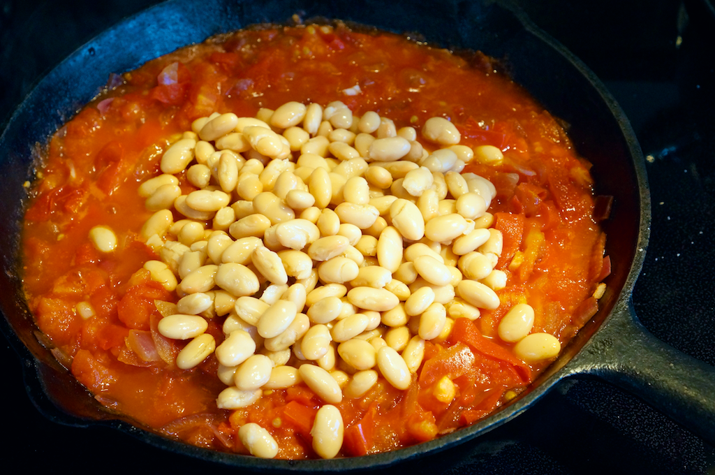 Italian White Beans with Kale and Tomatoes